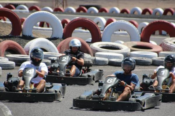 Go Karting San Bartolome Twin Engine 320cc karts