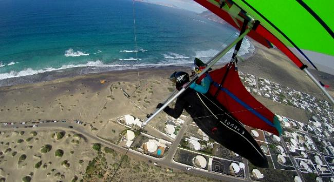 Hang Gliding Lanzarote, November until March