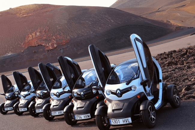 Timanfaya Twizy Electrics Car Tour